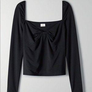 Aritzia Wilfred Sonnet Longsleeve Shirt in black